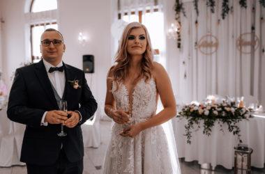 fotoreportaż ślubny Ania Karol kościół św. Wojciecha wesele Różany Dwór zdjęcia