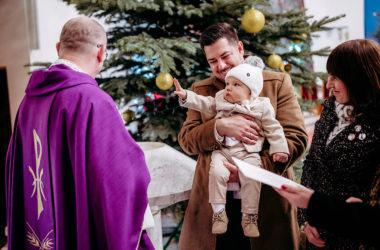 Fotograf na chrzest Ożarów Mazowiecki Sanktuarium Miłosierdzia Bożego przyjęcie Mazurkas Ożarów Mazowiecki zdjęcia